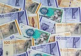 minilån i 30 dage pengesedler 1000, 2000, eller 5000 kr.